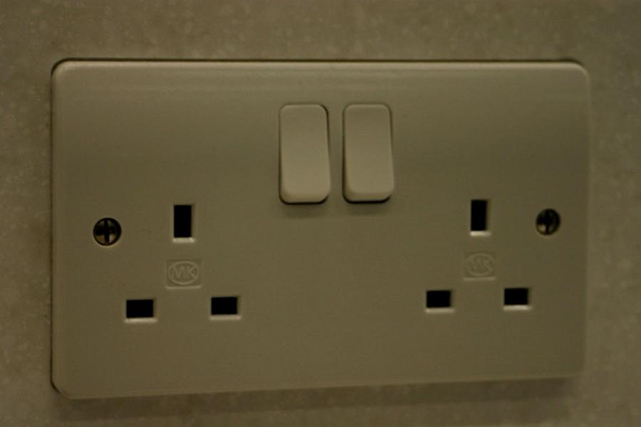 Electricidad y voltaje de londres enchufes y aparatos - Enchufes de luz ...
