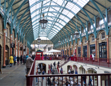 Interior del mercado Covent Garden