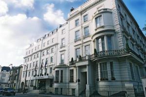 Hoteles baratos de 3 estrellas en Londres. Reserva online hotel en Londres.
